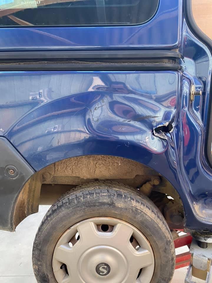 Sauvetage aile arrière et porte latérale suite sin…